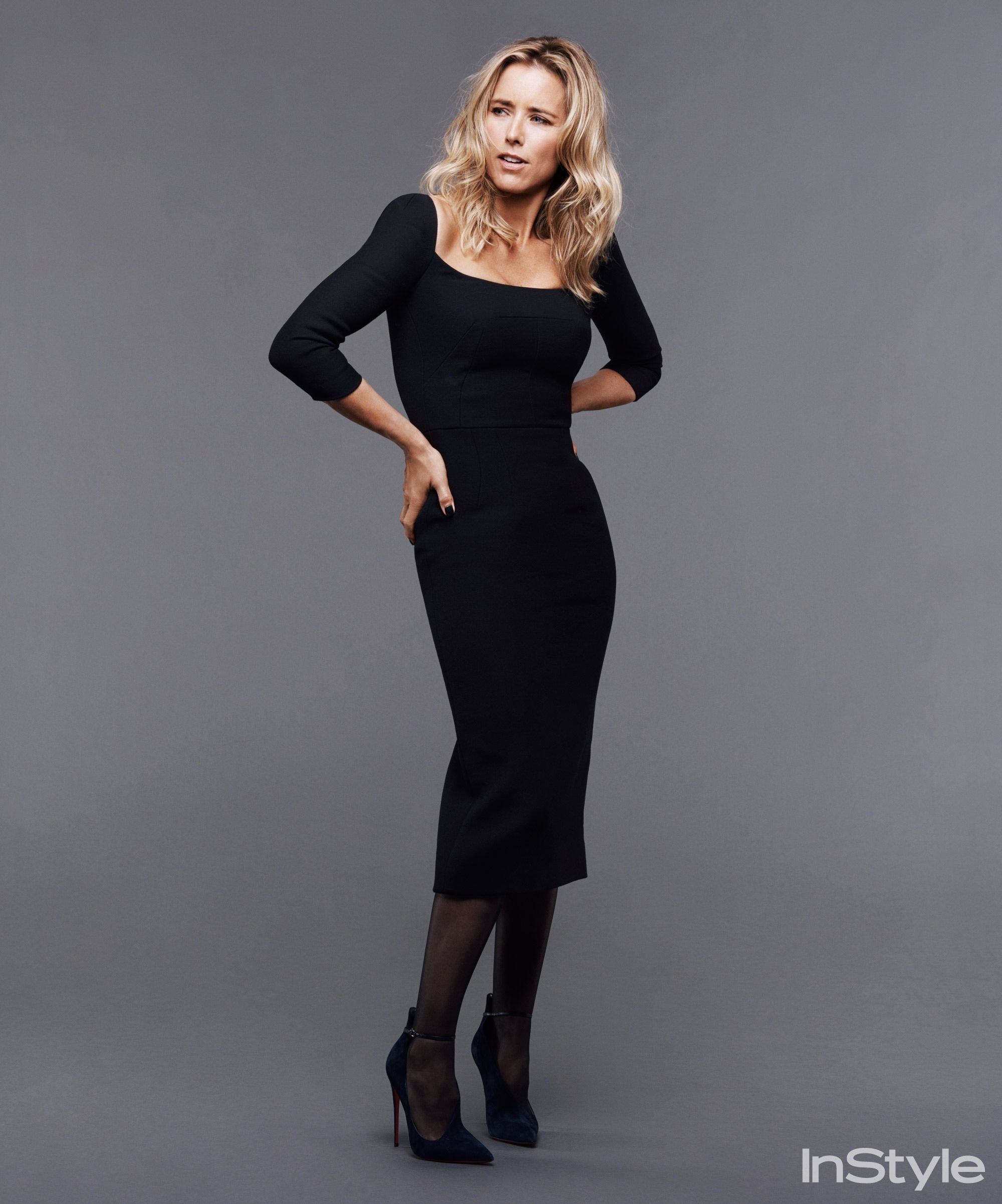 Something and All about tea leoni legs