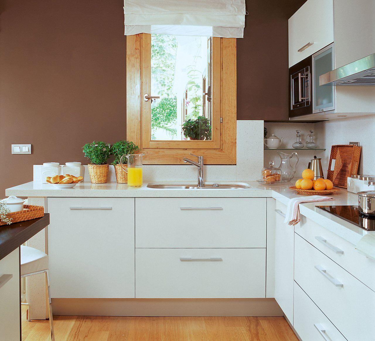 Buenas ideas para cocinas peque as for Ideas cocinas pequenas cuadradas
