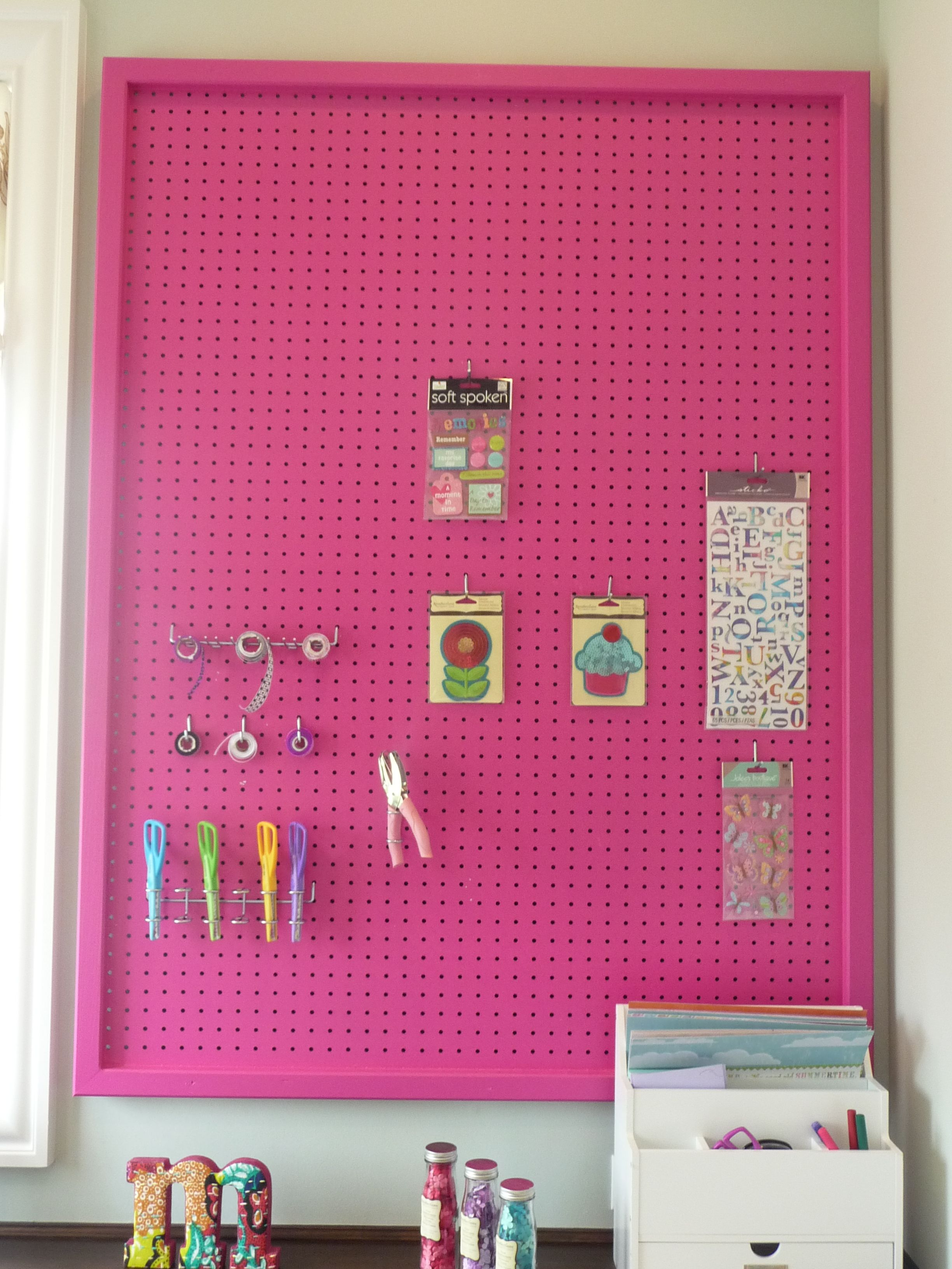 Free Room Design Tool: Peg Board, Study Craft, Craft Room