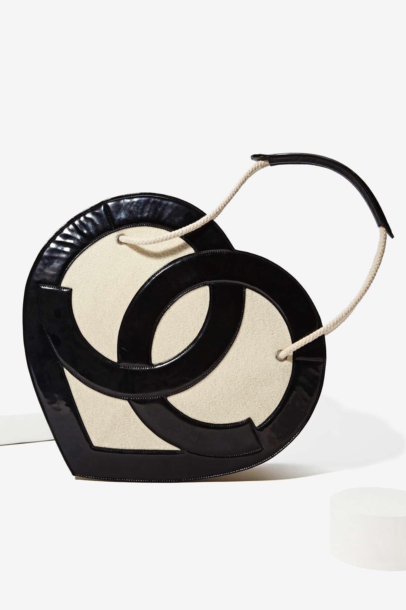 431802583d2d ❥ Vintage Chanel Heart Logo Bag