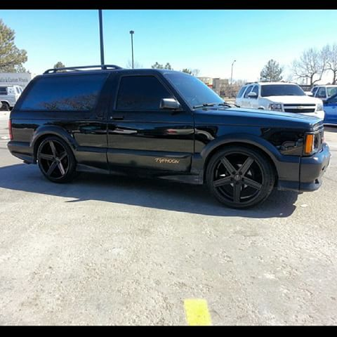 Image Result For Gmc Typhoon Black Wheels Black Wheels Gmc