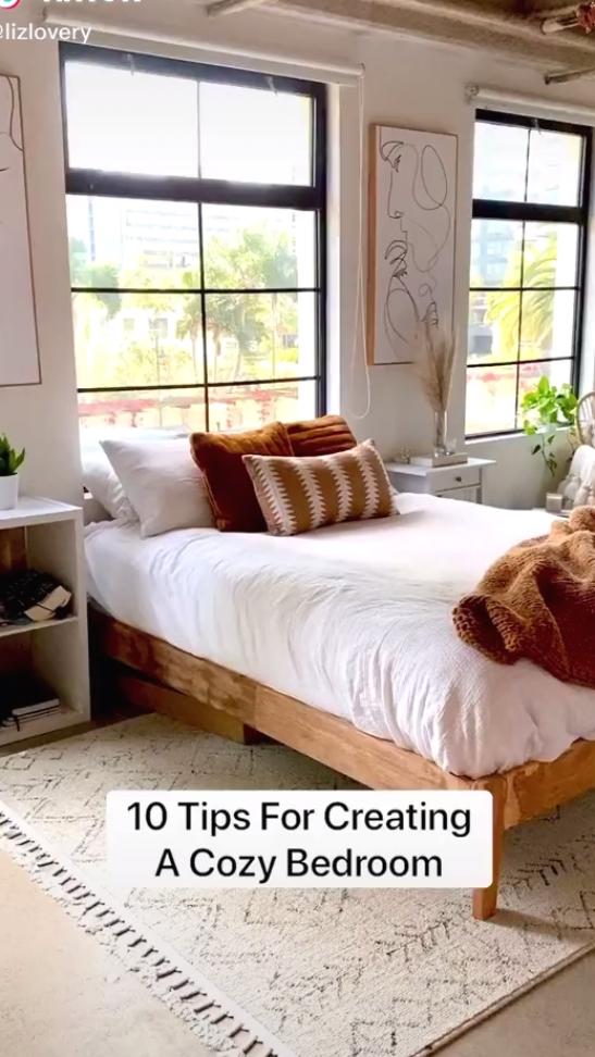 Cozy bedroom decorating tips