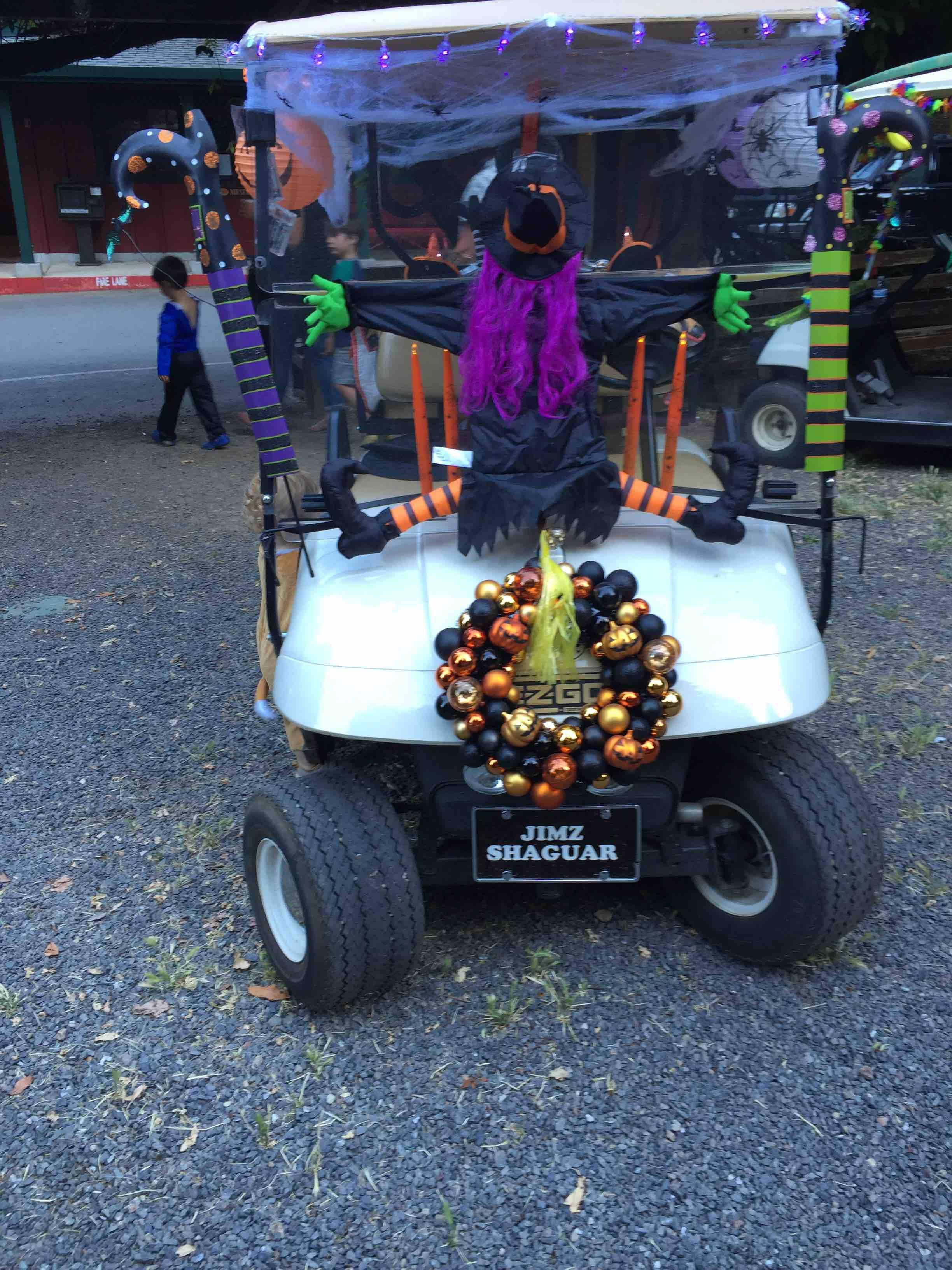 Summerween Golf Cart At Summer Home Park CA