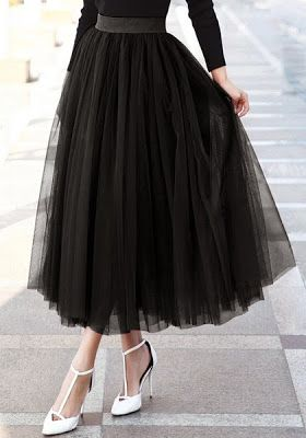 Official Lookbook Store: 3 Effortless Ways to Rock A Chic Look With Tulle Skirts