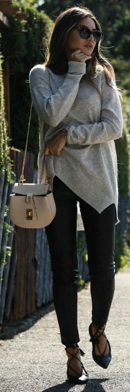 Consuelo Paloma + cosy and casual outfit + cashmere sweater + jeans + ideal for everyday wear + sandals or boots + will always work!   Sweater: Drykorn, Trousers: H&M, Sandals: Kennel & Schmenger, Bag: Chloé.... | Style Inspiration