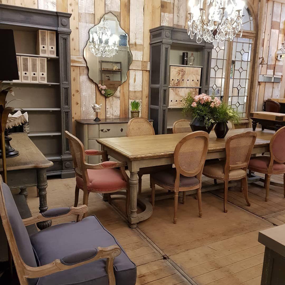 Maison De Charme Et Mobilier De Style Pour Ce D Cor Romantique Par