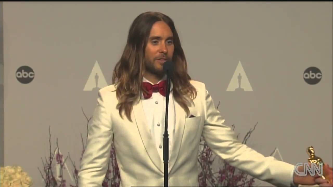 Jared Leto backstage after Oscars winJared Leto WINS Best Supporting Act...