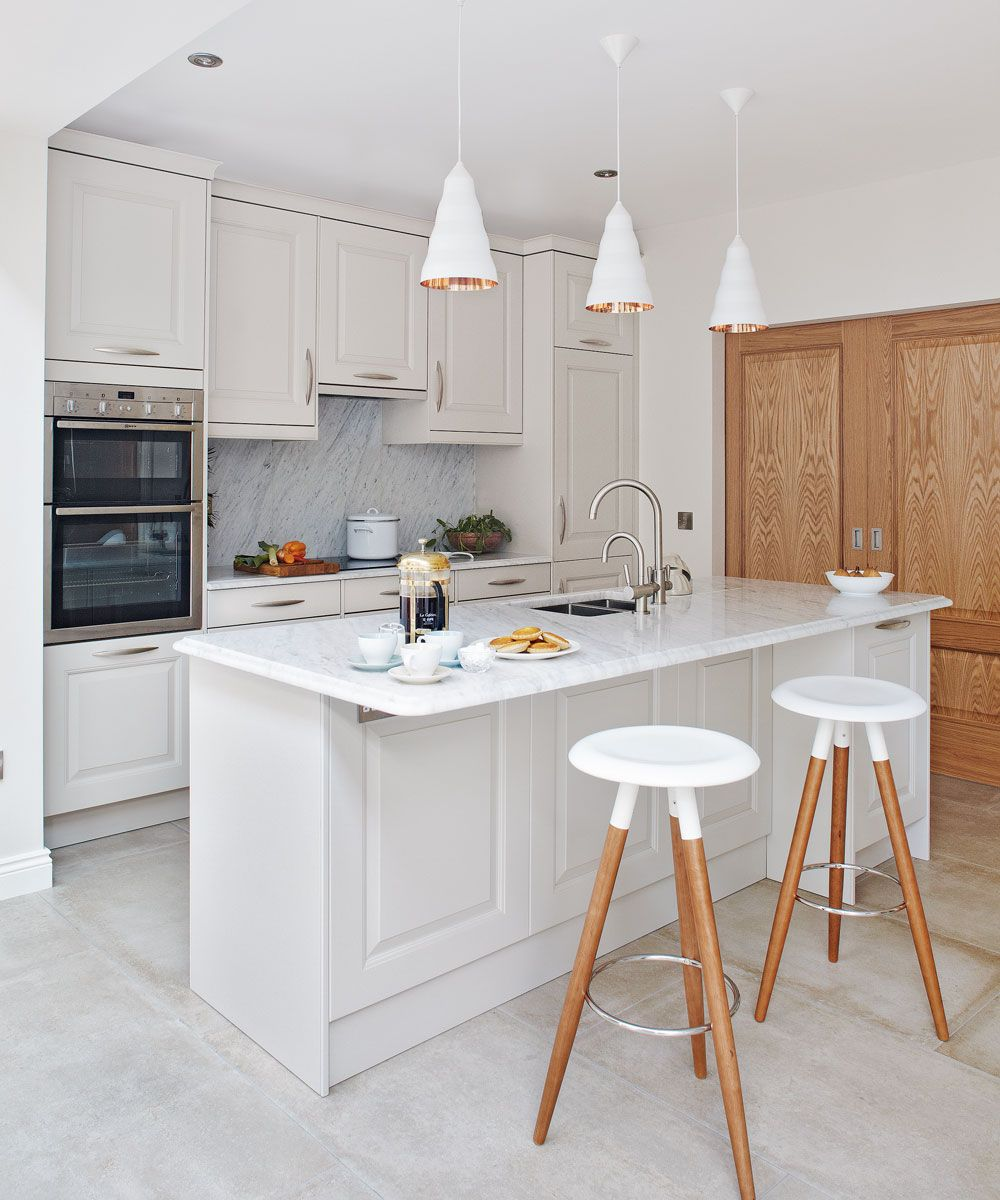 Small Kitchen Ideas To Turn Your Compact Room Into A Smart Space Simple Kitchen Design Kitchen Design Small Simple Kitchen