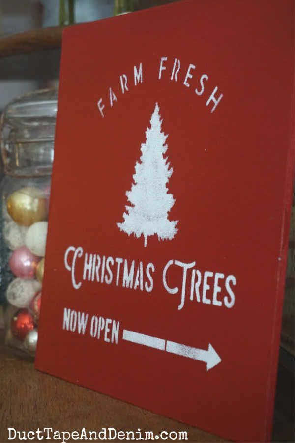 How to Update Thrift Store Finds with Christmas Tree Stencils #thriftstorefinds