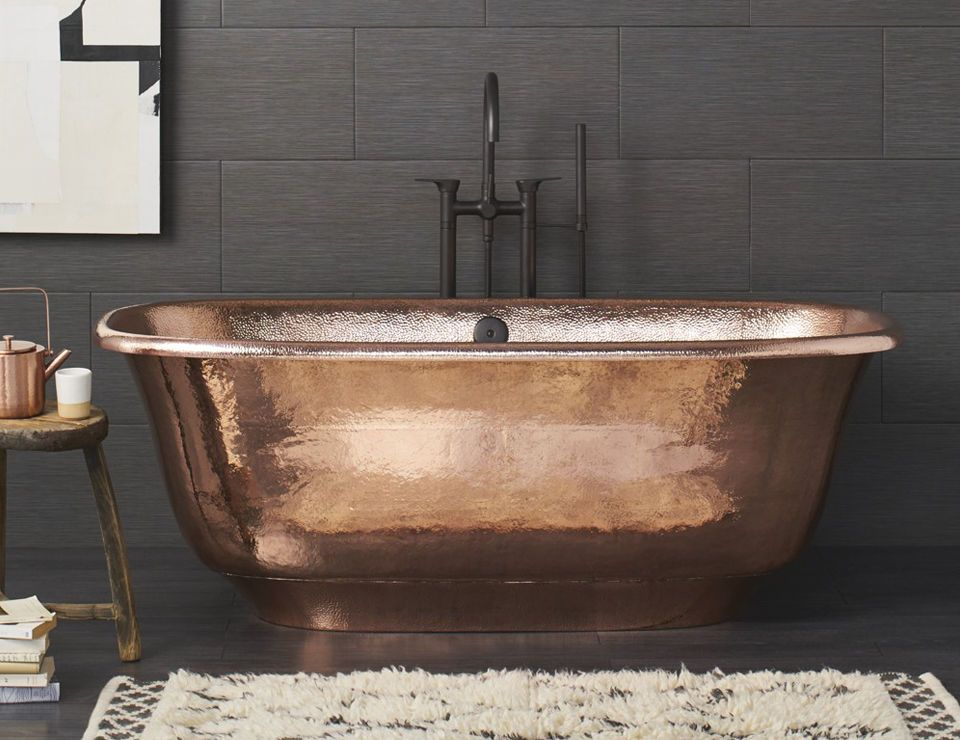 10 Easy Pieces Freestanding Copper Bathtubs Remodelista Copper Bathtubs Copper Tub Copper Soaking Tub