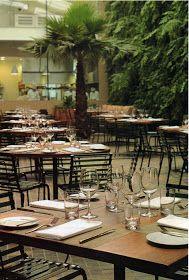 Decorado com 7.000 espécies de plantas da Mata Atlântica,este restaurante em São Pauloapresenta cardápio franco-italiano com massas fresc...