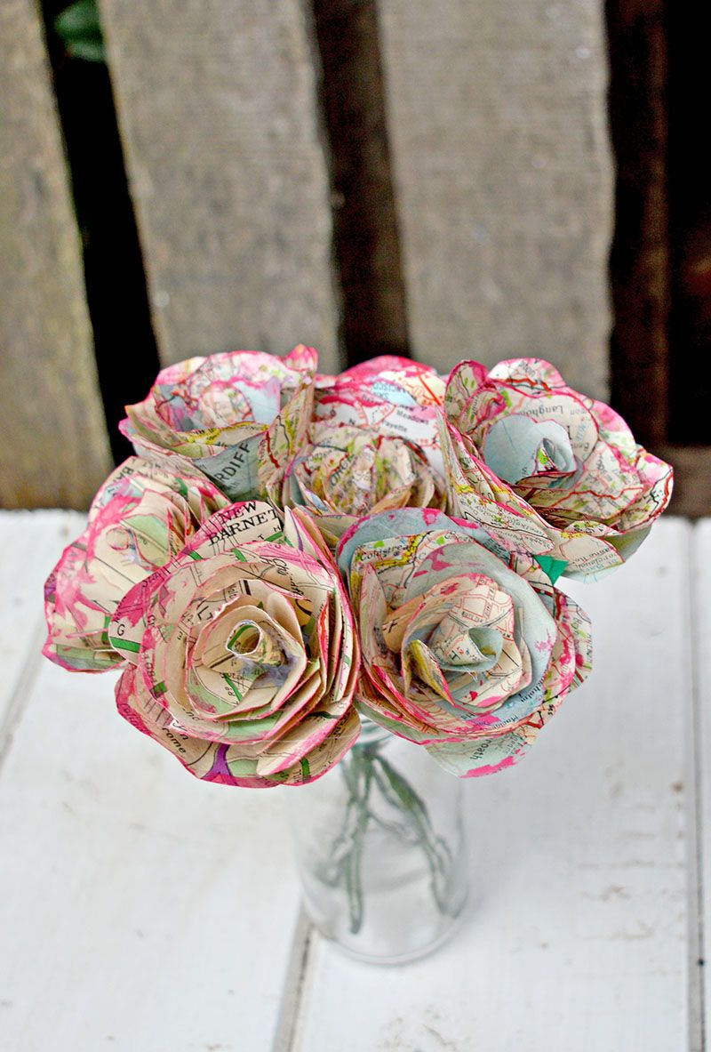 How To Make Simple But Beautiful Map Roses Crafts Paper Crafts