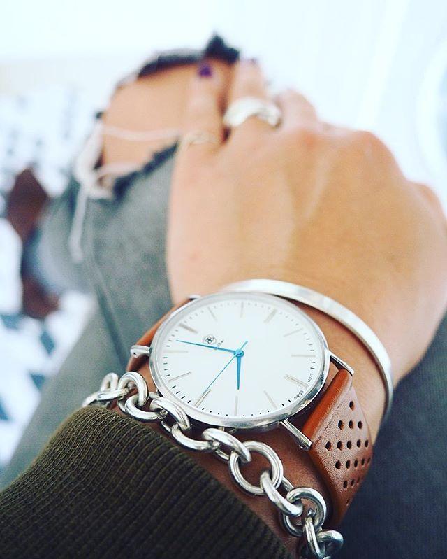Morning Details ️  #accessories #accessory #armcandy #balber #balbertime #bracelet #details #detailsoftheday #fashion #goodmorning #Hamburg #instafashion #jewellery #jewelry #ootd #tiffany #uhr #watch #watches #watchesofinstagram #watchoftheday