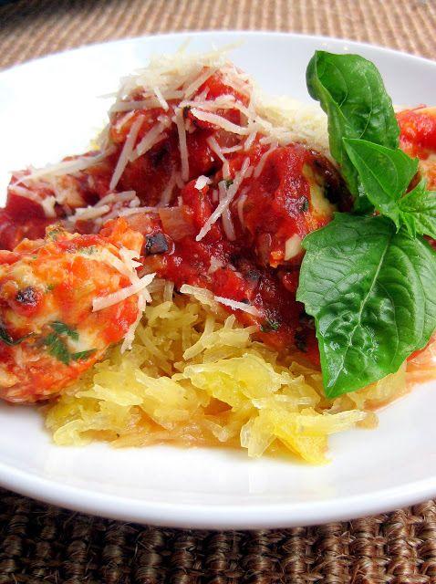 recipe: spaghetti squash with spicy marinara [14]