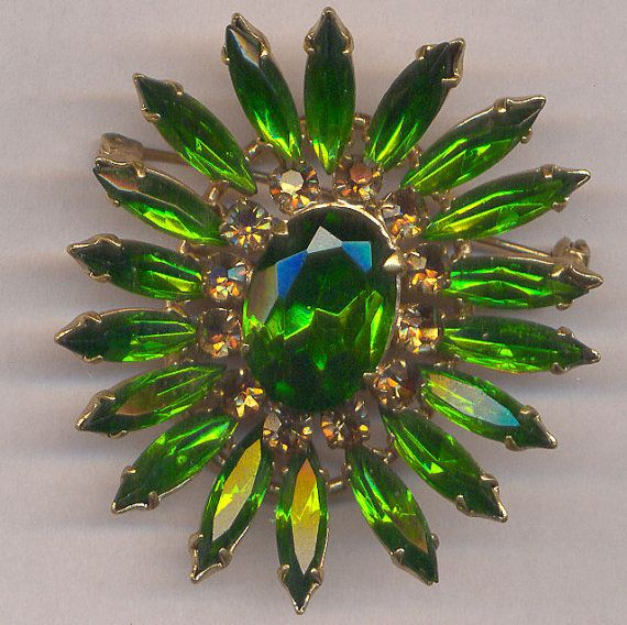 Emerald Green Rhinestone Brooch... Vintage 3 by rosiesvintageshop, $33.25