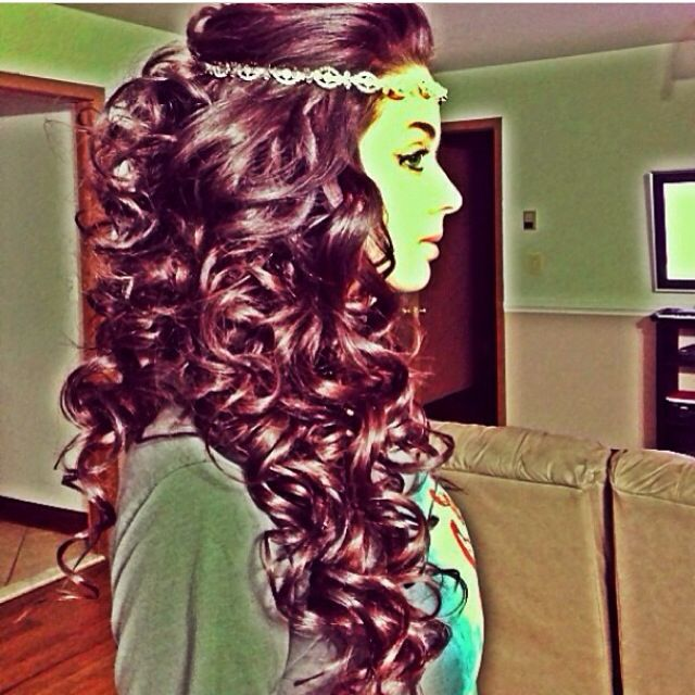 Curls and hair piece