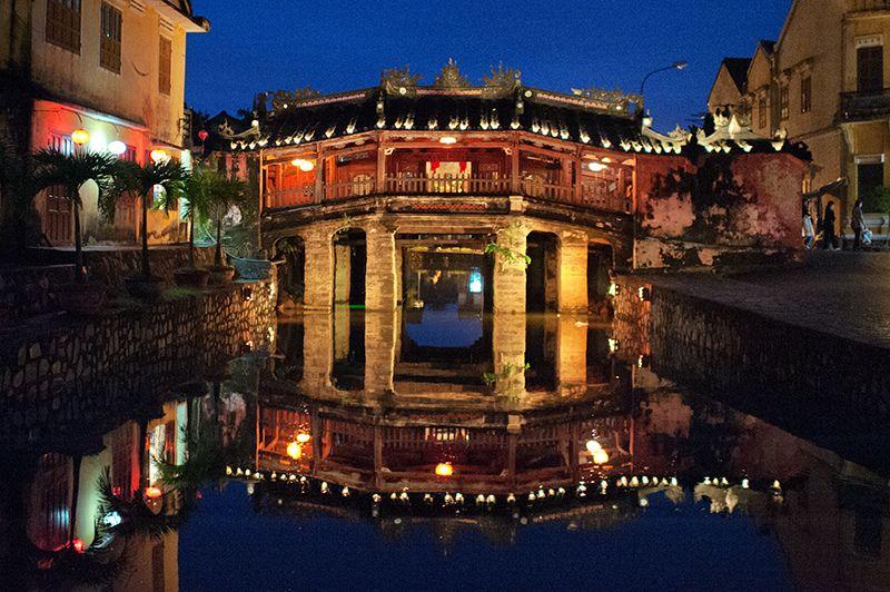 Hoi Ans Japanisch Brücke gilt als ein Symbol des wichtigen Japans Auswirkungen auf diese Region.