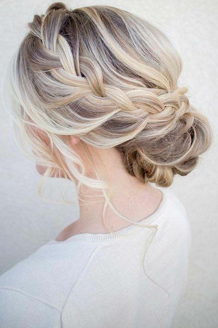 Peinados recogidos con trenza de lado