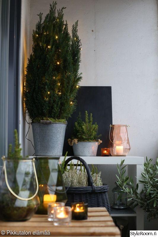 parveke,joulukoristelut,syyskoristeet,parvekkeen sisustus,jouluvalot