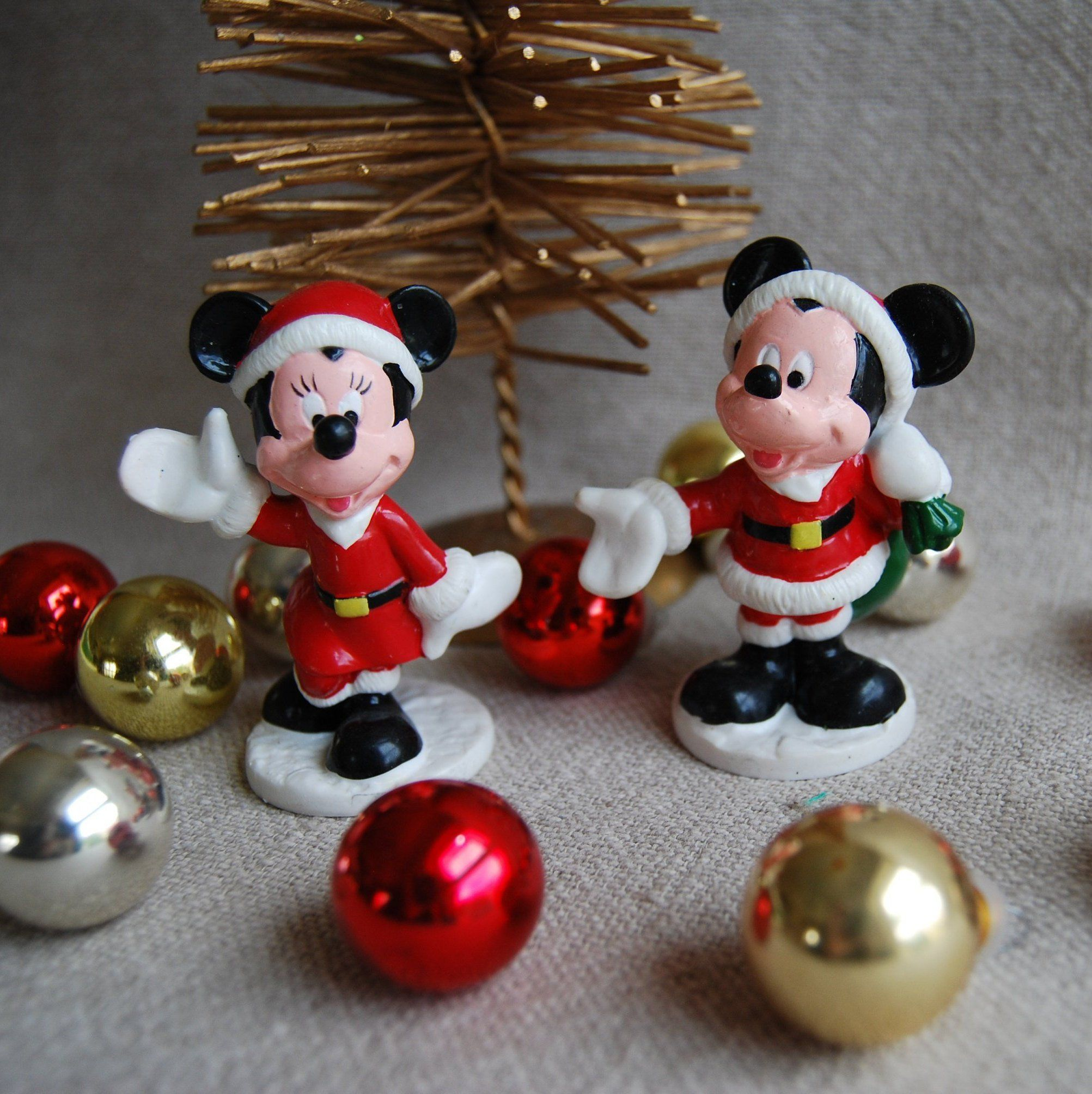 Mickey Mouse Christmas Decor Mickey And Minnie Mouse Collectible Figures Vintage Disney Christ Mickey Mouse And Friends Mickey Mouse Christmas Disney Christmas