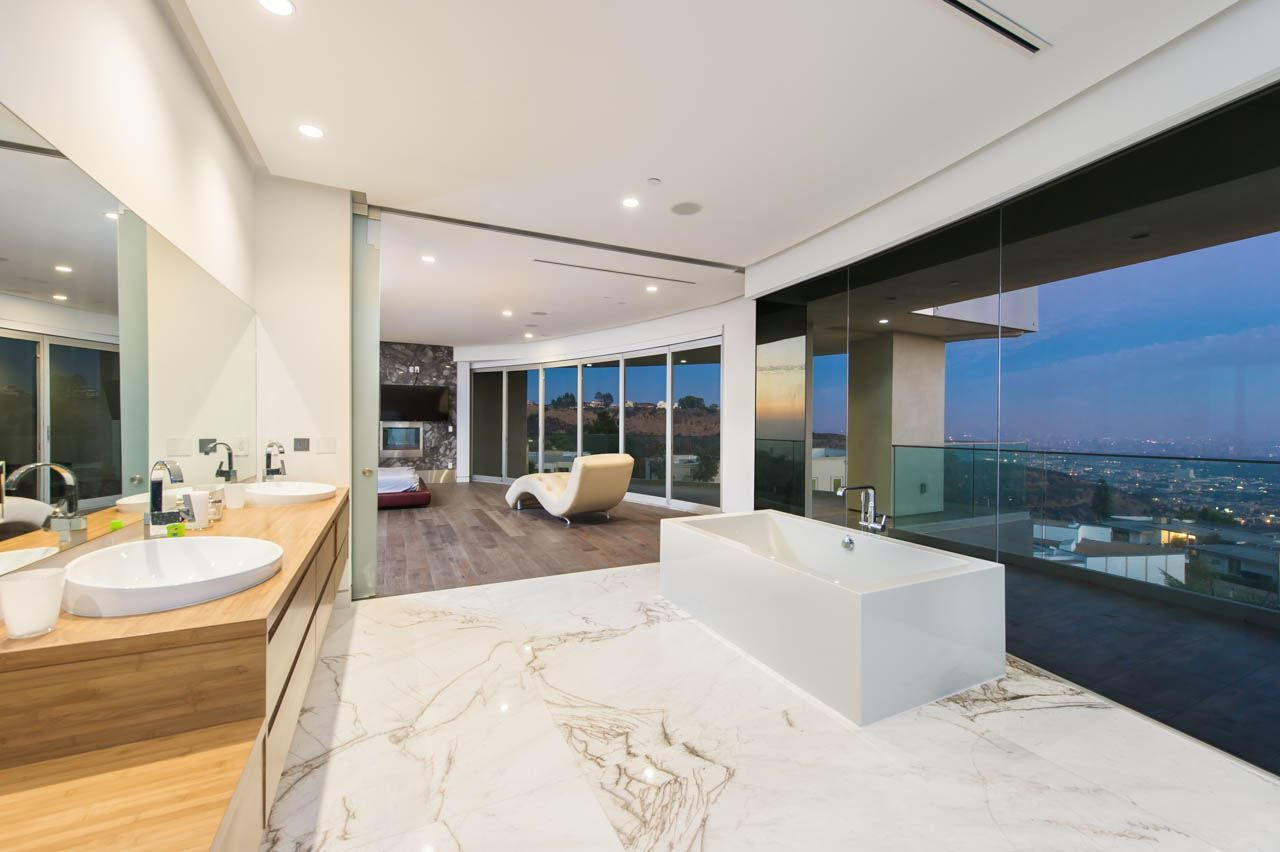 Located In The Prestigious Mt. Olympus Of The Hollywood Hills, The Hercules  Estate Is A Newly Constructed Modern Architectural Masterpiece With Amazing  ...