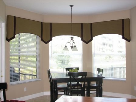 Pin By Kristie Jones On Home Window Treatments Living Room Dining Room Windows Bay Window Curtains