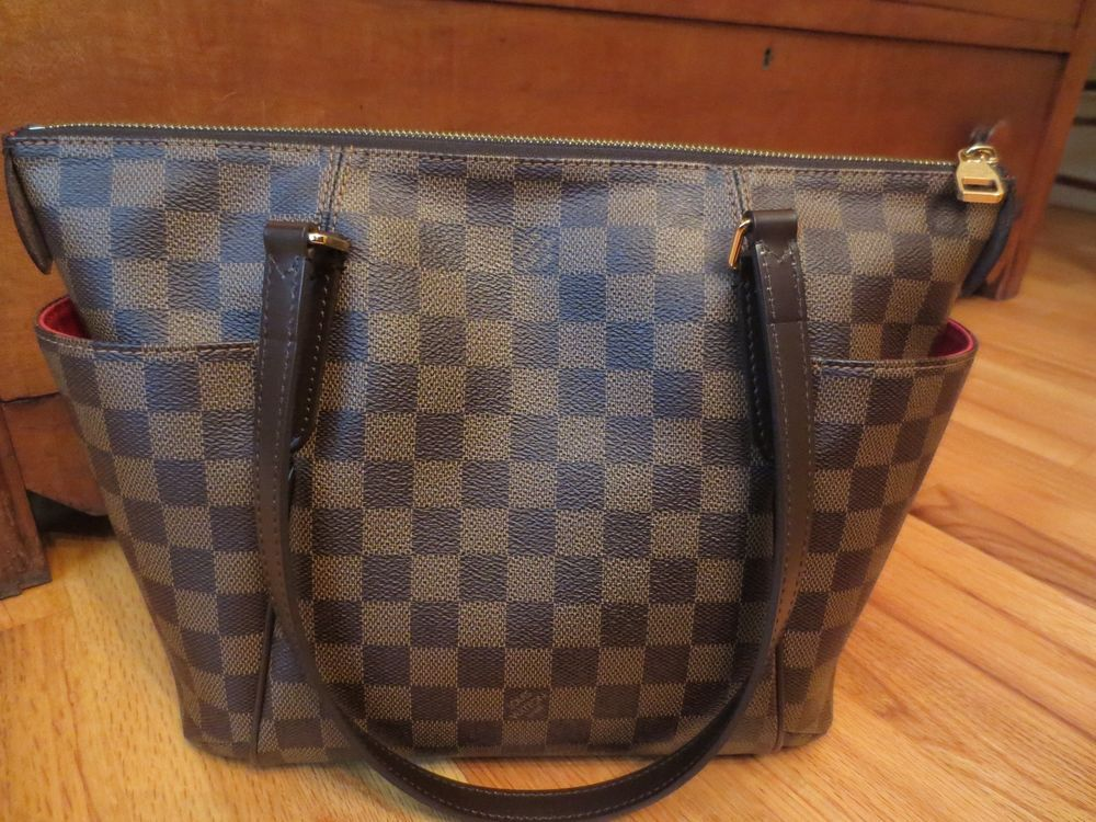 7d3993356742 Louis Vuitton Totally PM Damier Ebene Zippered Tote Shoulder Bag Leather  SD1174  LouisVuitton  TotesShoppers