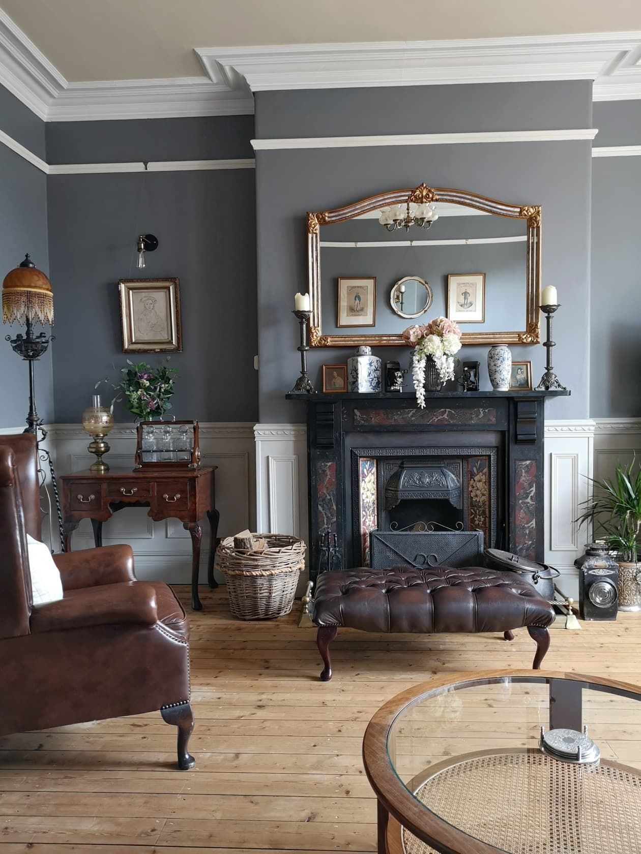 A Uk Victorian Fixer Upper Is A Gorgeous Mix Of Period Details And Modern Finishes Victorian House Interiors Modern Victorian Homes Victorian Interior Design