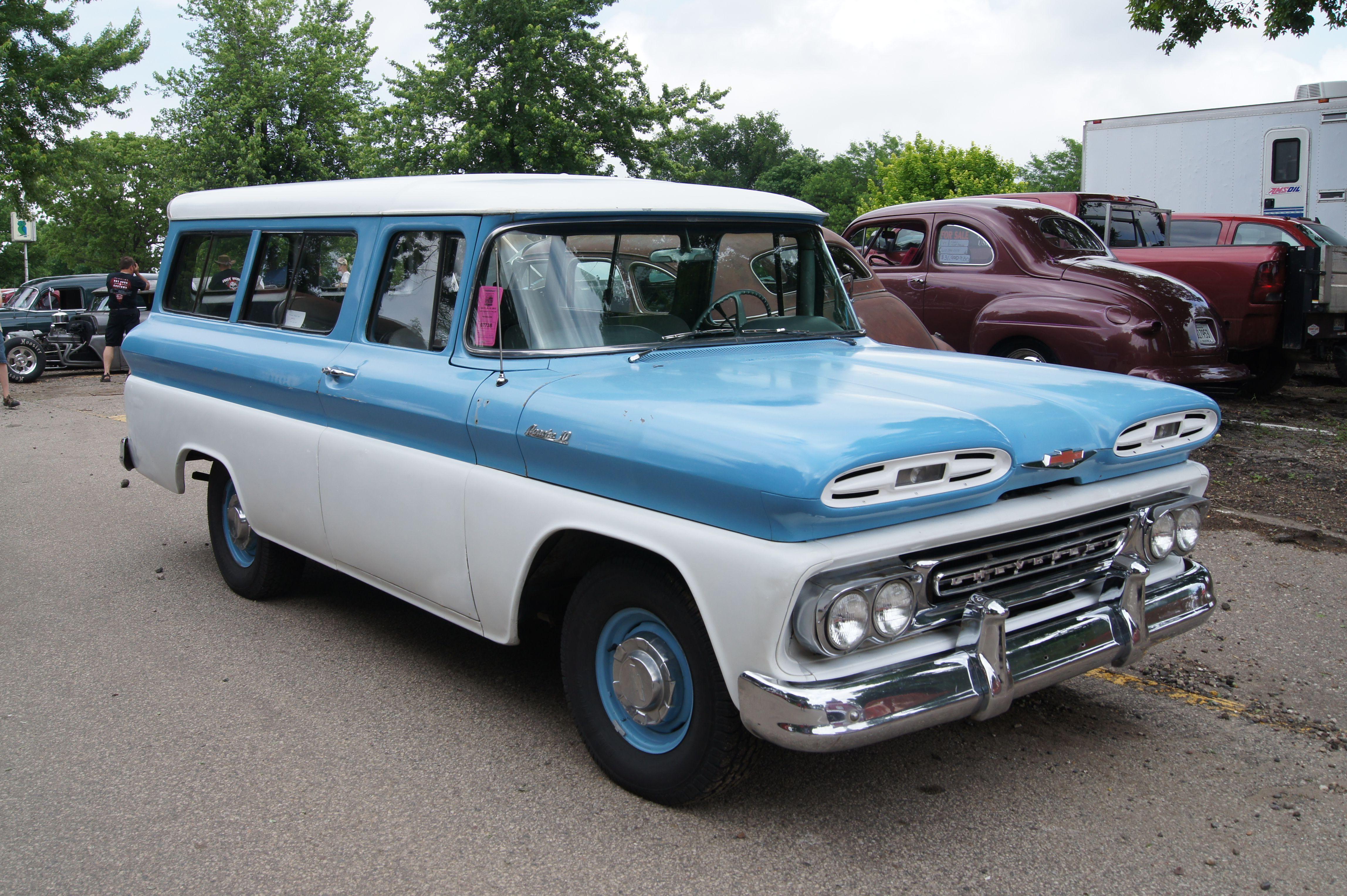 Chevrolet Suburban Wikipedia 28382471 Sliding Barn Door Hardware