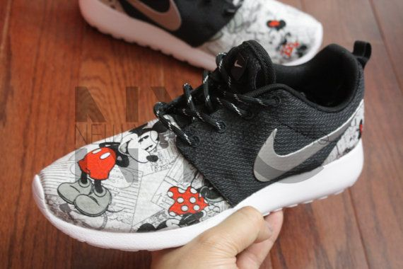 Nike Roshe One Black Vintage Comic Mickey + Minnie V5 Edition Custom Men &  Women