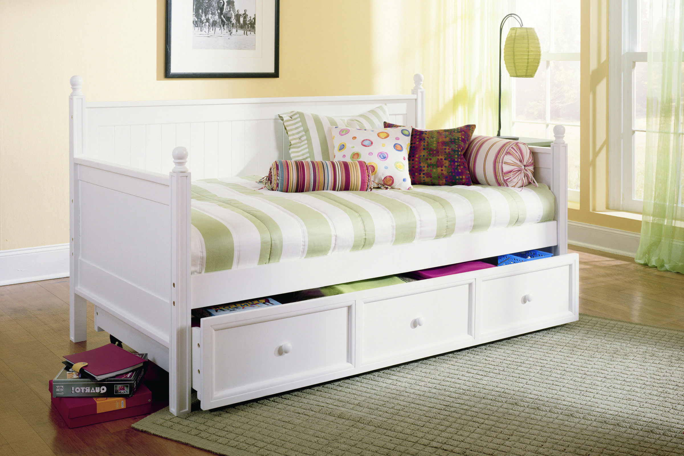 Daybed with pop up trundle ikea casey daybed by fashion bed group  beautiful finishes and solid