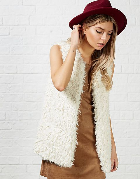 #ARKLOVES  a pretty faux fur gilet for aw15 - ONLY Lanni Sheep Faux Fur Gillet