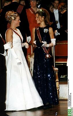 Crown Princess Victoria and Caroline Kreuger at the Ball of the Order of Innocence: 1997