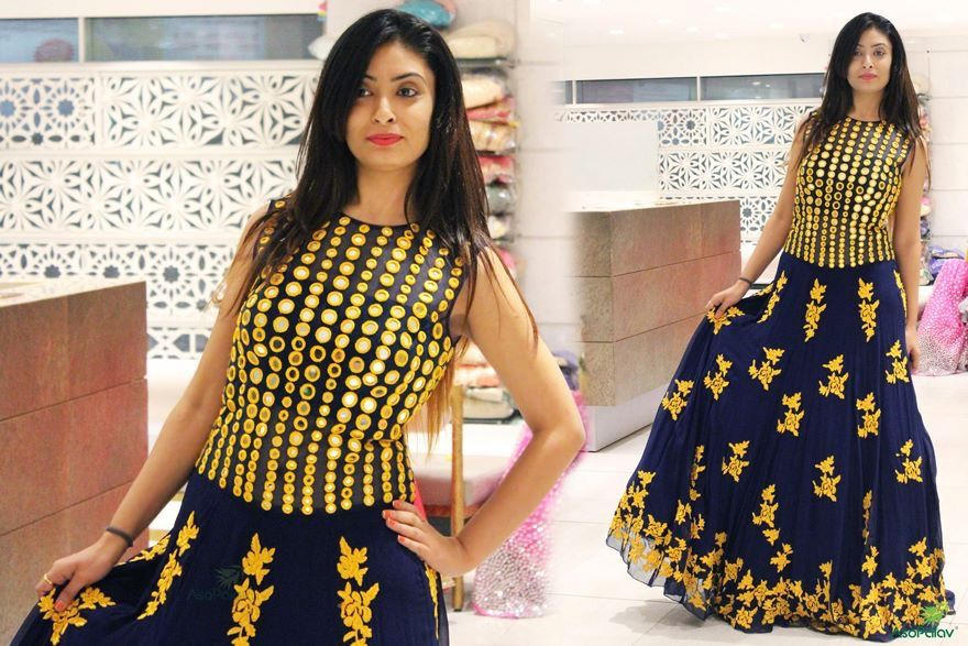 Pin by Bhoomi's on lehngas and gowns Clothes design