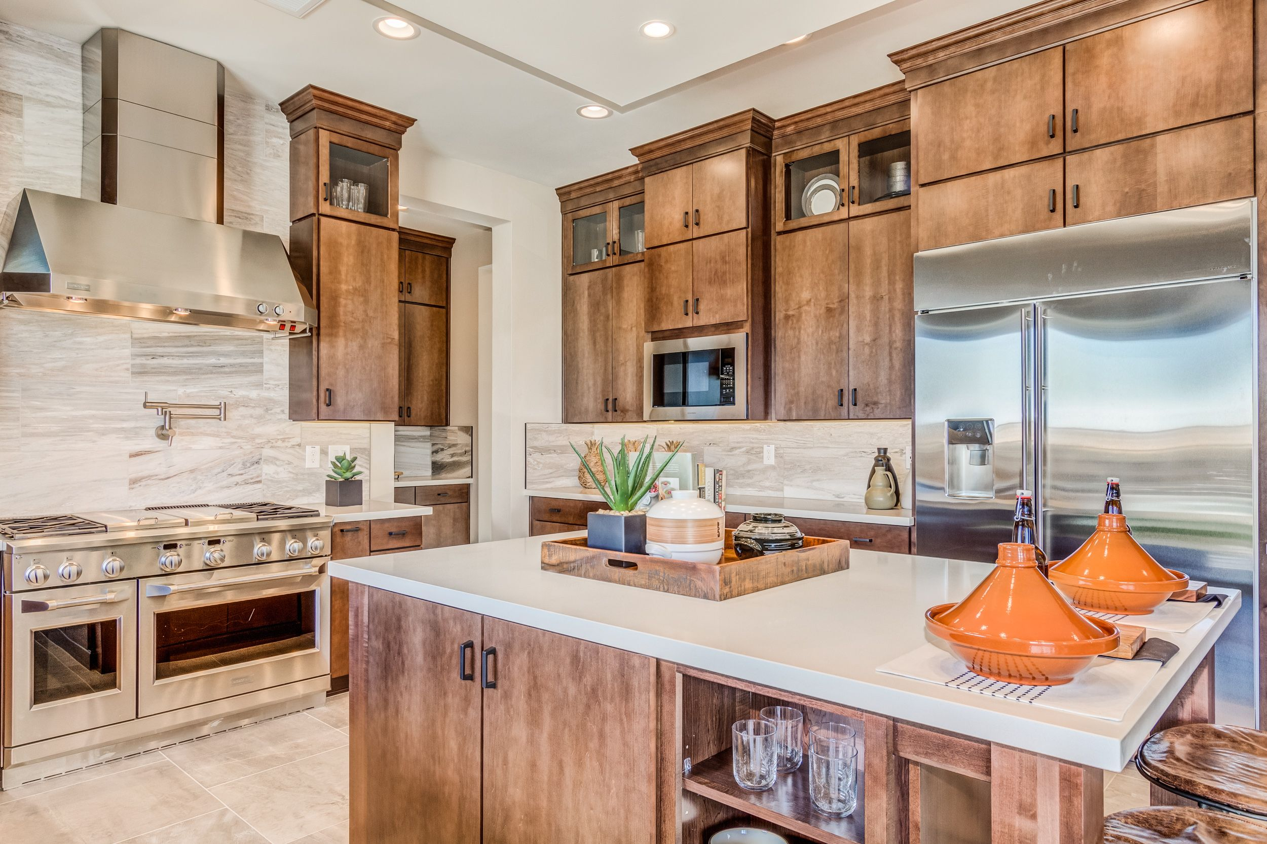 Taylor Morrison Homes At Sky Crossing Cottonwood Floor Plan Realestate Homesforsale Phoe Kitchen Inspirations Natural Wood Kitchen Cabinets Kitchen Decor
