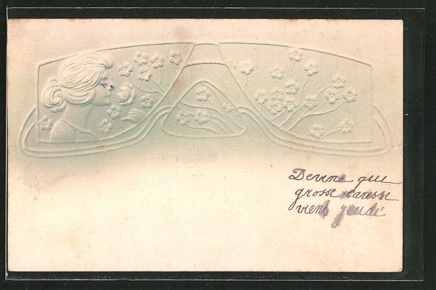 Alte Ansichtskarte: Präge-AK Frau mit Blumenmuster, Jugendstil