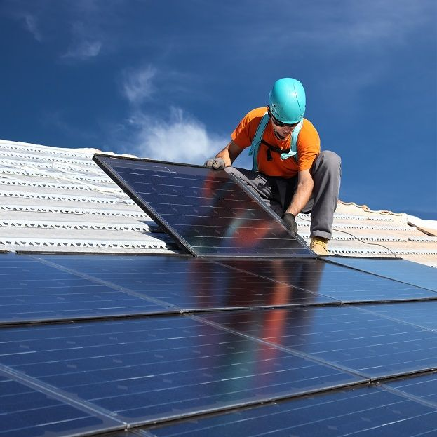 Going Green How To Make The Switch Over Solar Panels Solar Panels For Home Best Solar Panels
