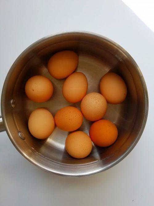 Easy Peel Hard Boiled Eggs #hardboiledeggs