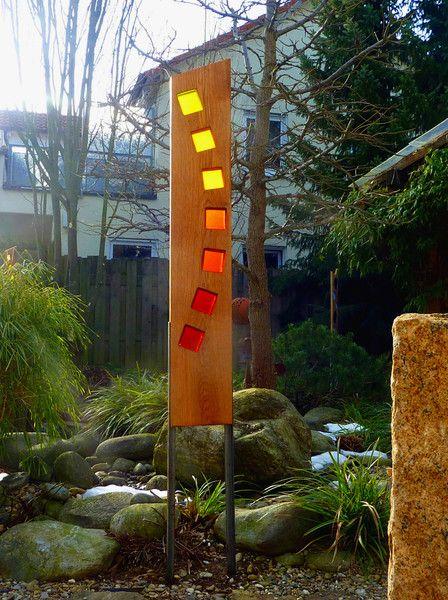 Skulpturen Gartenskulptur Aus Holz Und Glas Ein Designerstück Von Eichenstelen Bei Dawanda