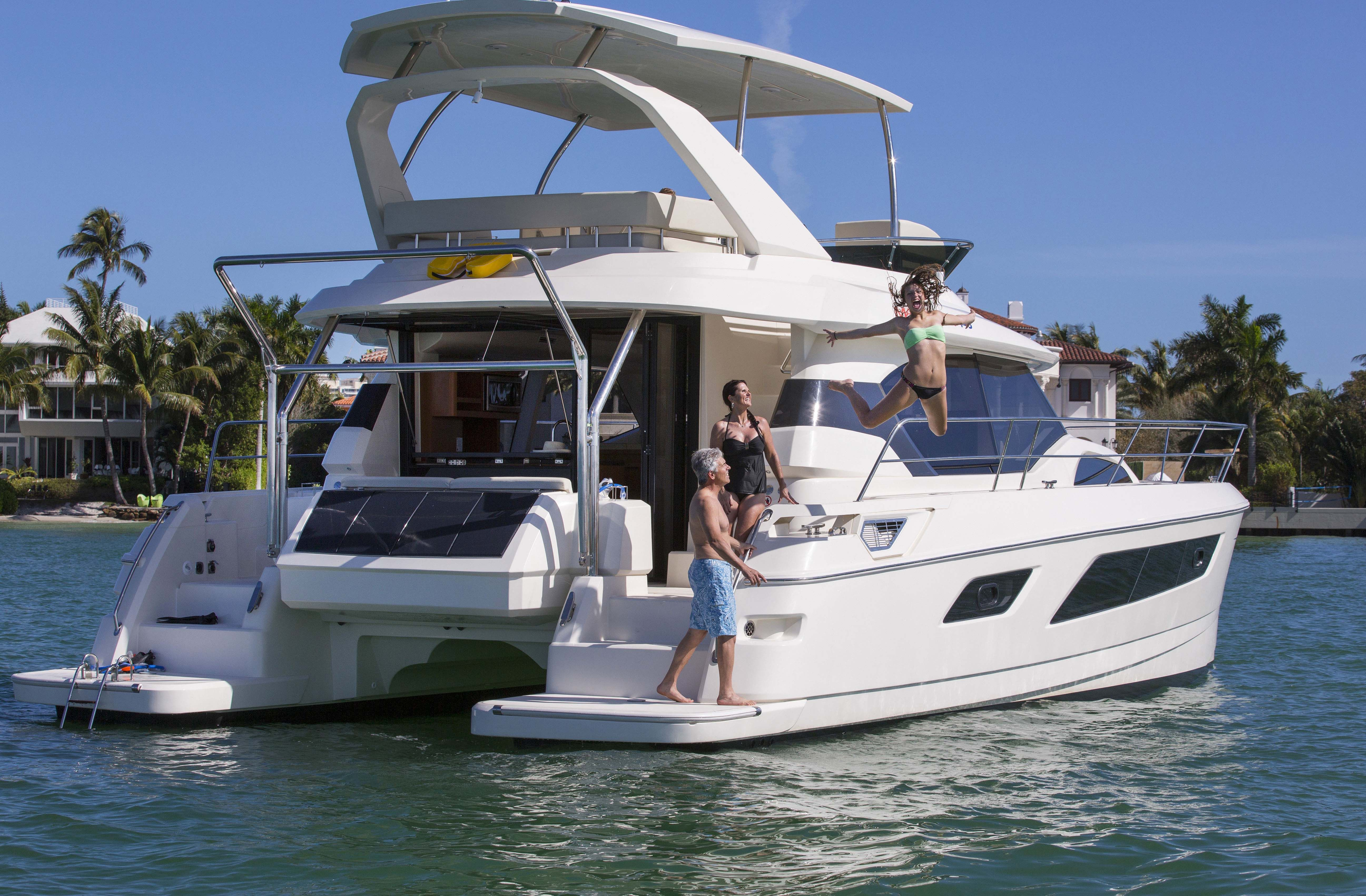 Marinemax Charters Fleet Power Yachts 44 Catamaran Catamaran Yacht Yacht Sailing Catamaran
