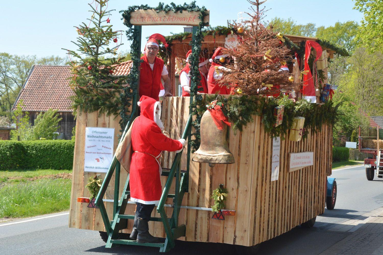 Weihnachtsmann & Glühwein im Sommer - Schützenfest Flotwedel