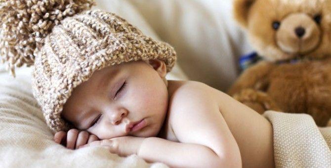 Tips naturales para que tu recién nacido duerma mejor