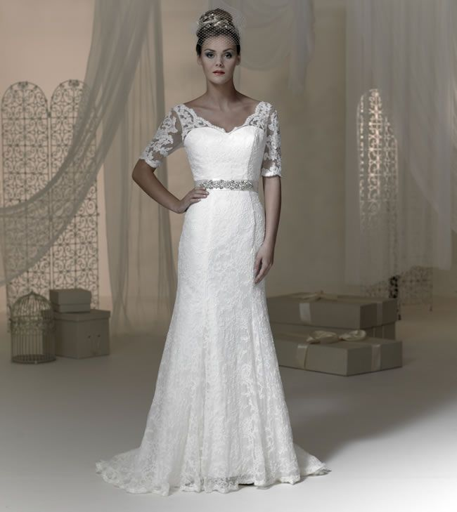 Phoenixs 2015 Baroque wedding dress collection is here