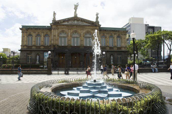 San Jose, Teatro de nationale