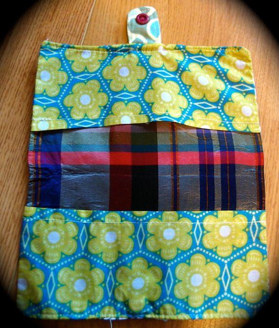 Porte chéquier en tissu original et pratique