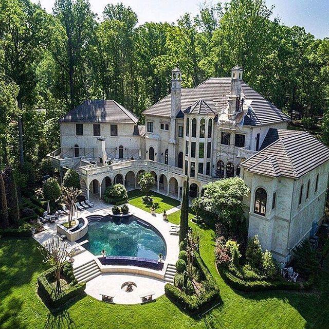 10 Images About Apanghar House Designs On Pinterest: $10 Million Dollar Mansion Pinterest: @entmillionaire