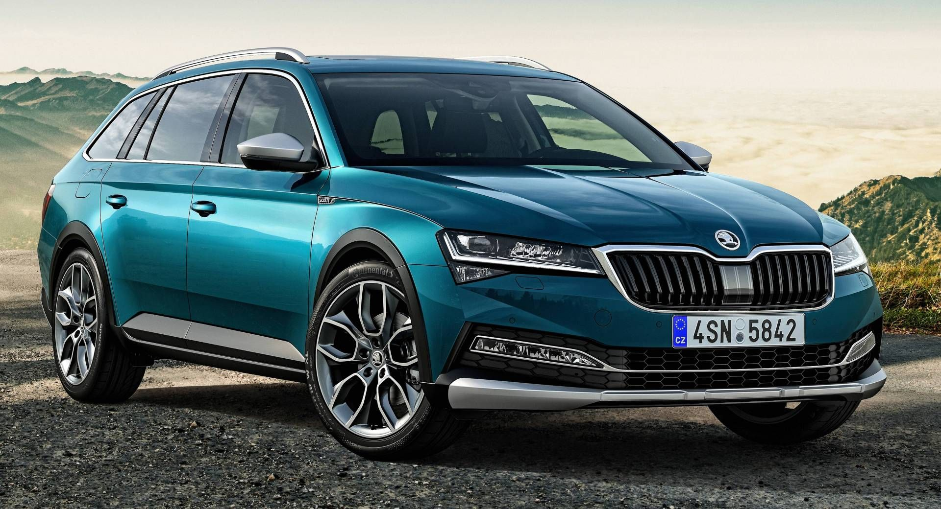 Skoda Superb Gains High Riding Scout Variant For The First Time