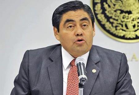 Miguel Barbosa huerta ( presidente del Senado de México )/ sofia Hernández