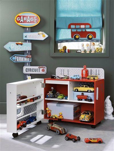 Garage De Jeu Garcon Sur Roulettes Vehiculo Orange Vif Bicolor Multicolo Vertbaudet Enfant Chambre Enfant Petit Rangement Deco Chambre Enfant