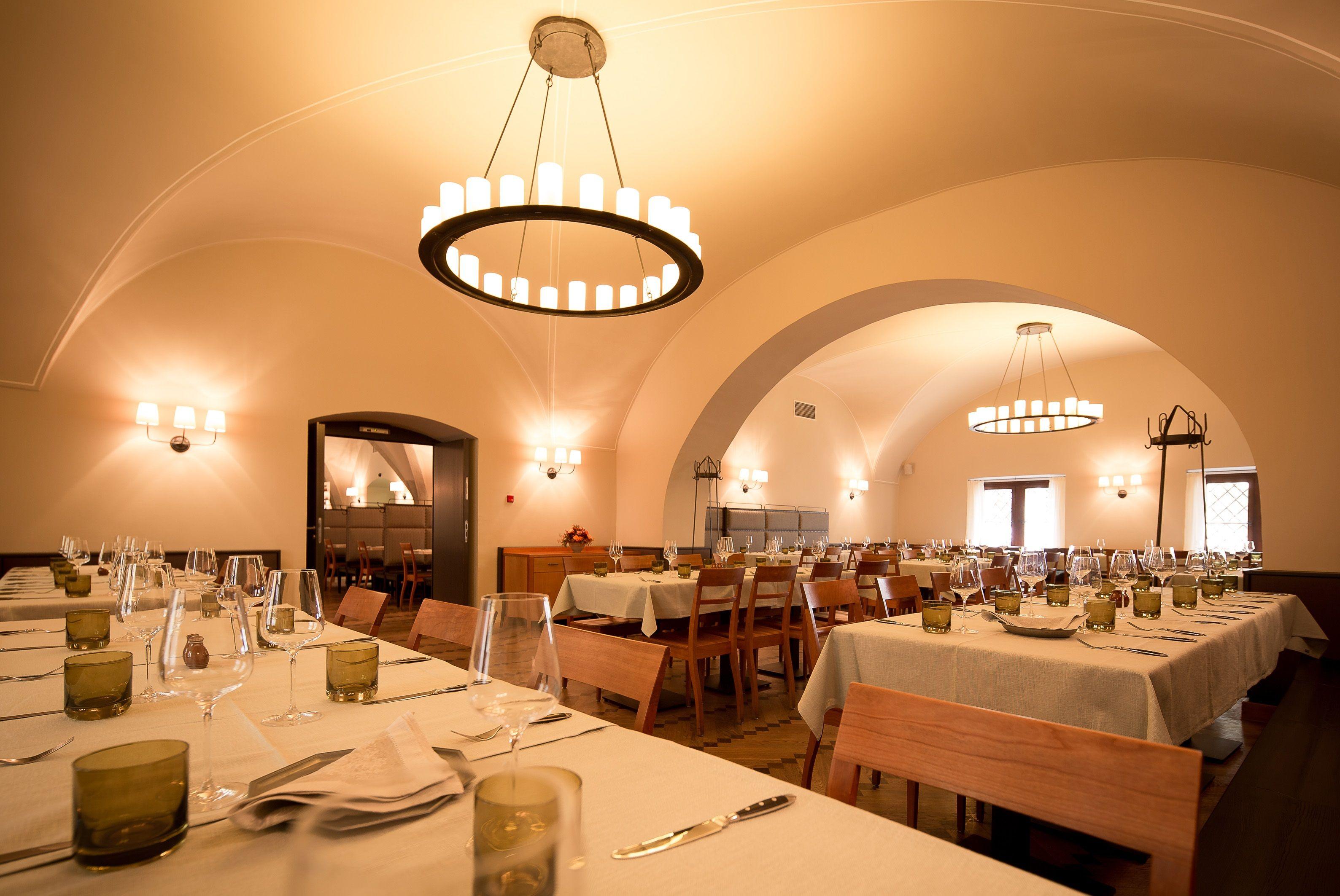 Restaurant Alter Hof in München | Restaurants | Pinterest | Restaurant